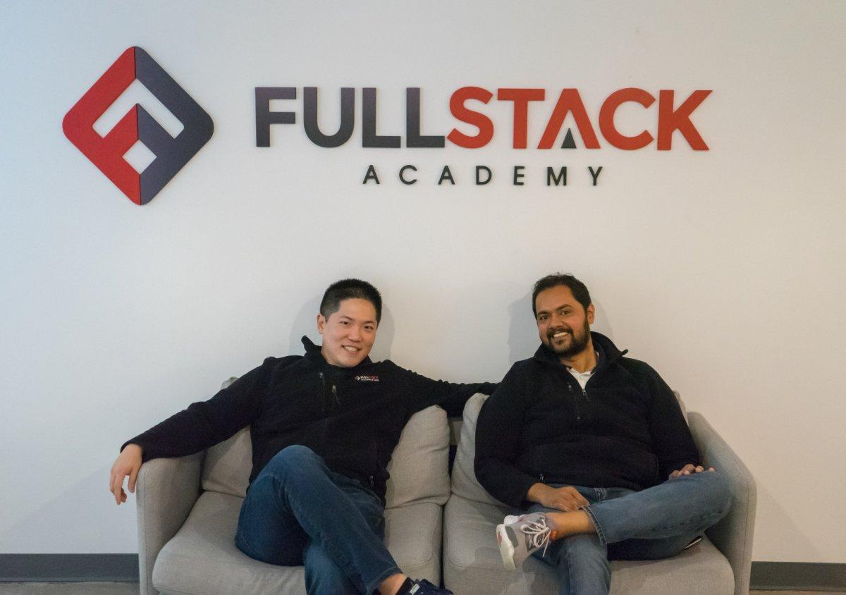 Fullstack photo